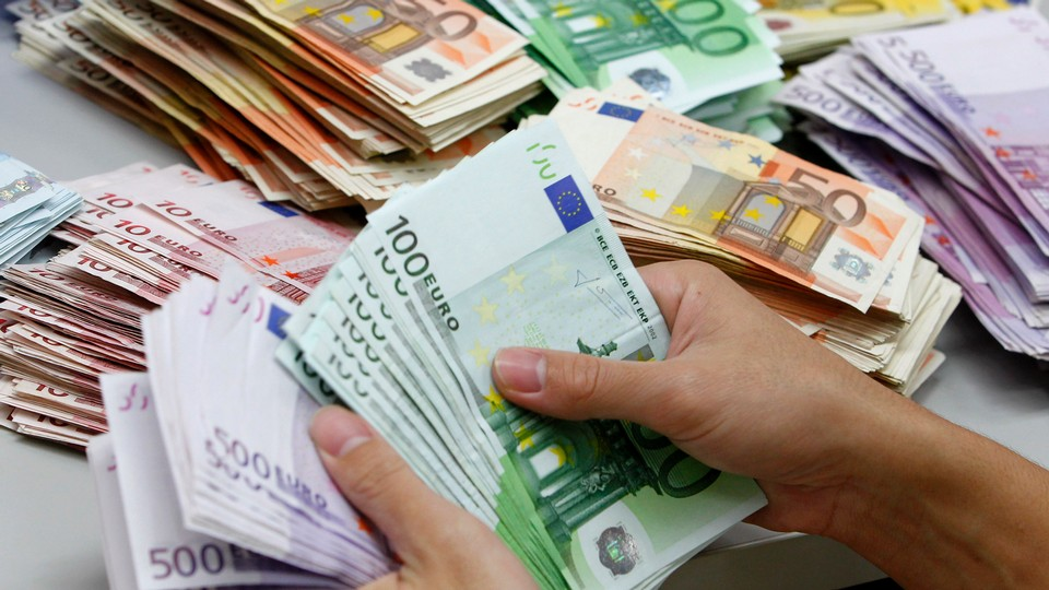 dinheiro_euros_notas_reuters